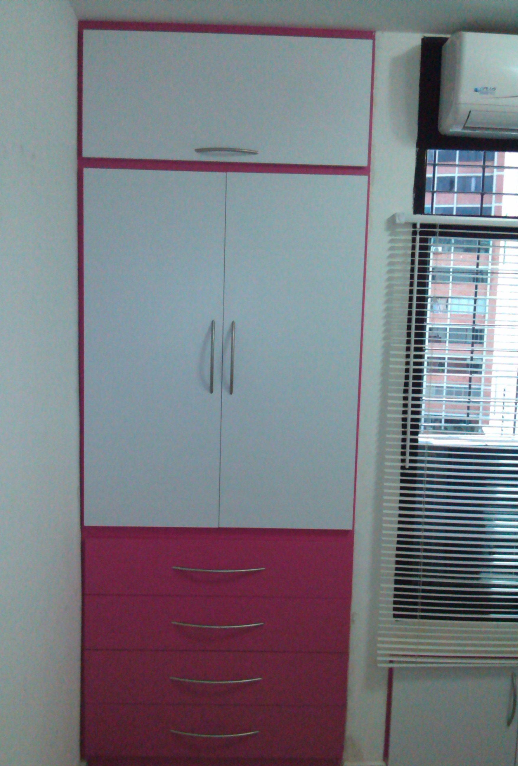 C modo closet para espacios peque os con mdf y f rmica - Armario blanco pequeno ...