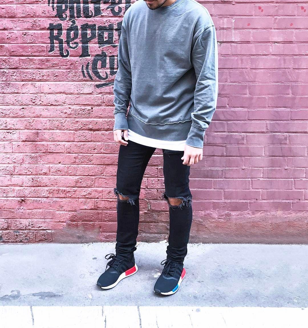 #Paris #ootd #ootdmen #street #streetstyle #stylemen #look #style #fashion #fashionista #men #menswear #menstyle #mensstyle #menfashion #mensfashion #mensfashionpost #simplefits #denim #instafashion #minimalmovement #mode #moda #hm #oversize #nmd #nmdog #sweat #sweater #adidasnmd