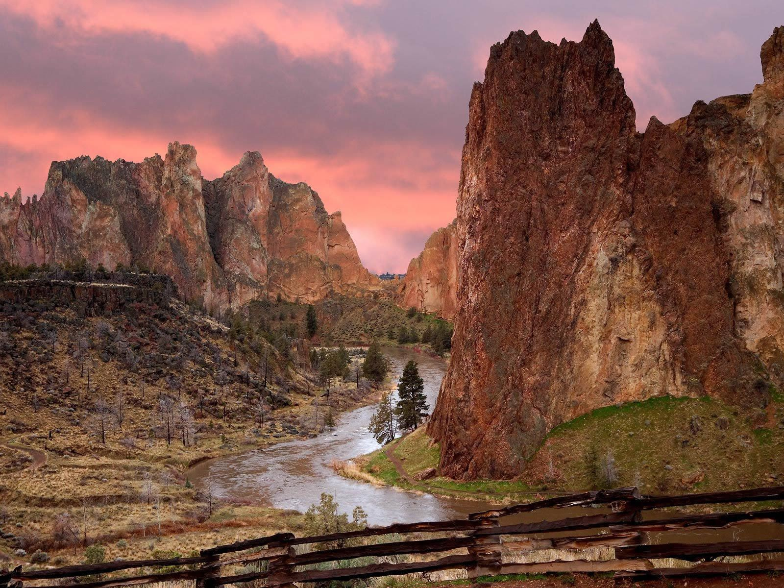 smith rock state park -#main