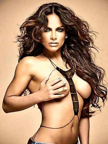 faviola-campomanes-naked