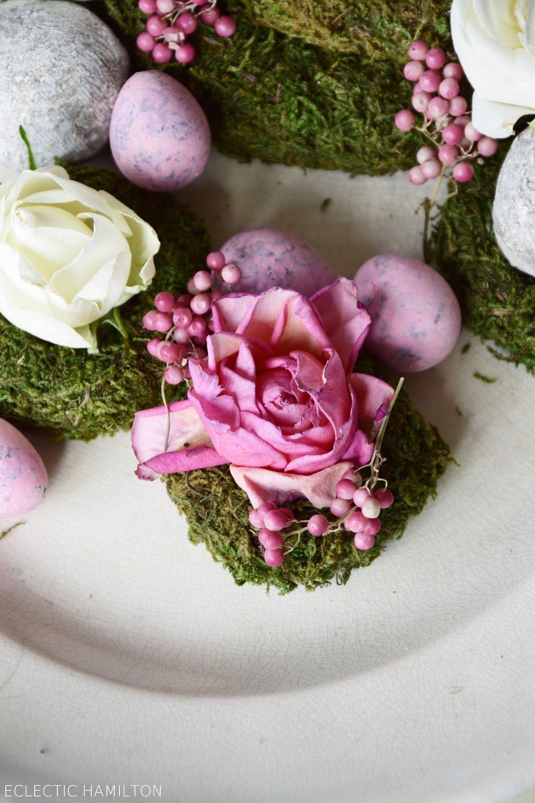 Deko Mit Verwelkten Rosenbluten Deko Rosen Trocknen Und Schone