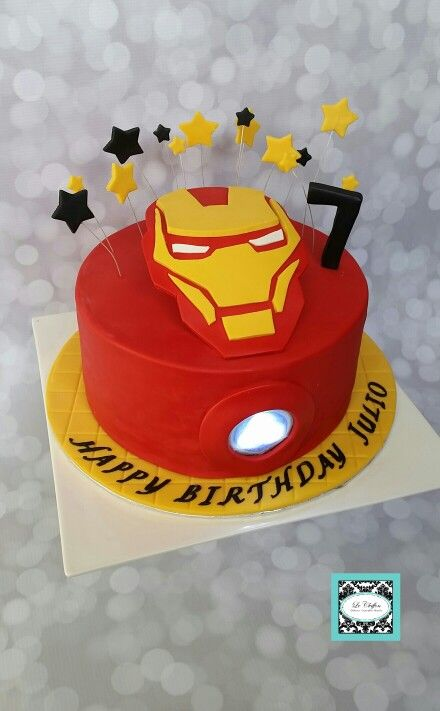 Ironman Cake Wout His Face Standing Up Super Hero Cakes In 2018