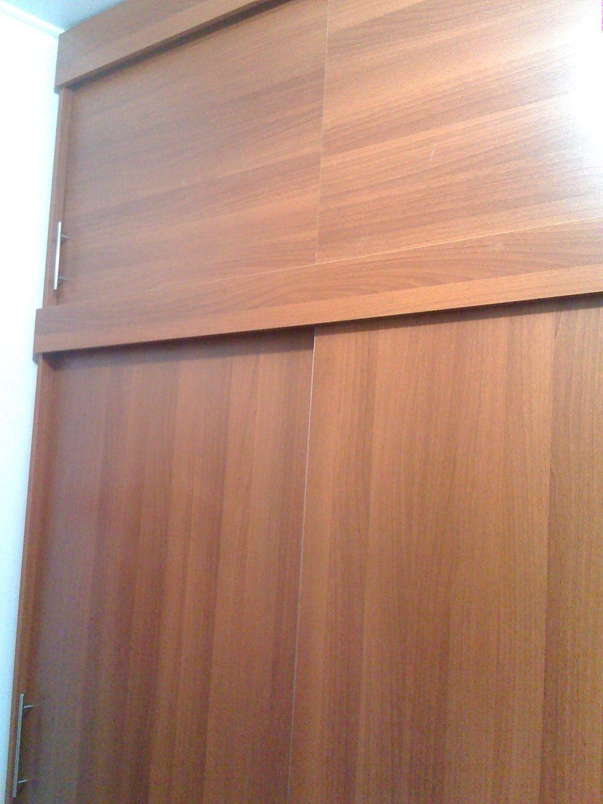 Closet puertas corredizas 2 closets pinterest for Agarraderas para puertas de vidrio