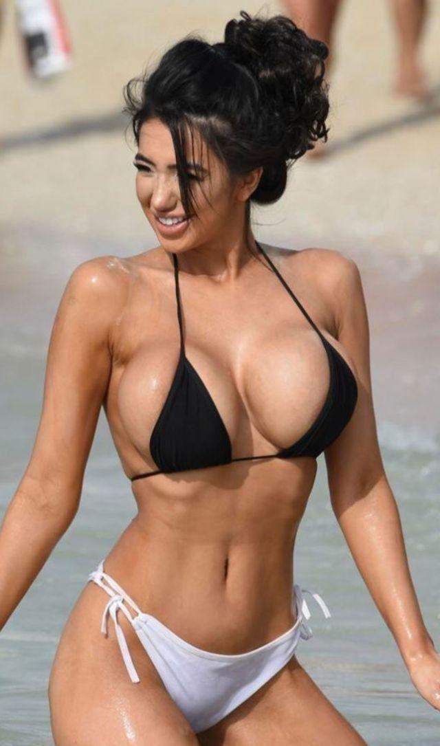 Sex massage oil bikini