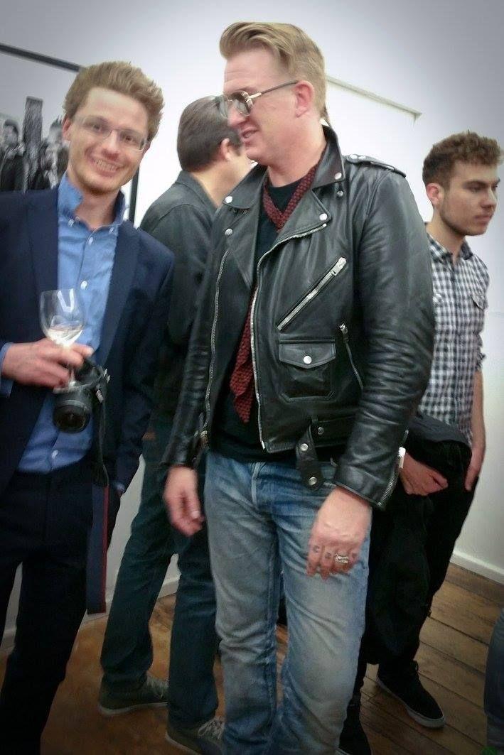 Josh homme at galerie eigenheim weimar berlin josh for Eigenheim berlin