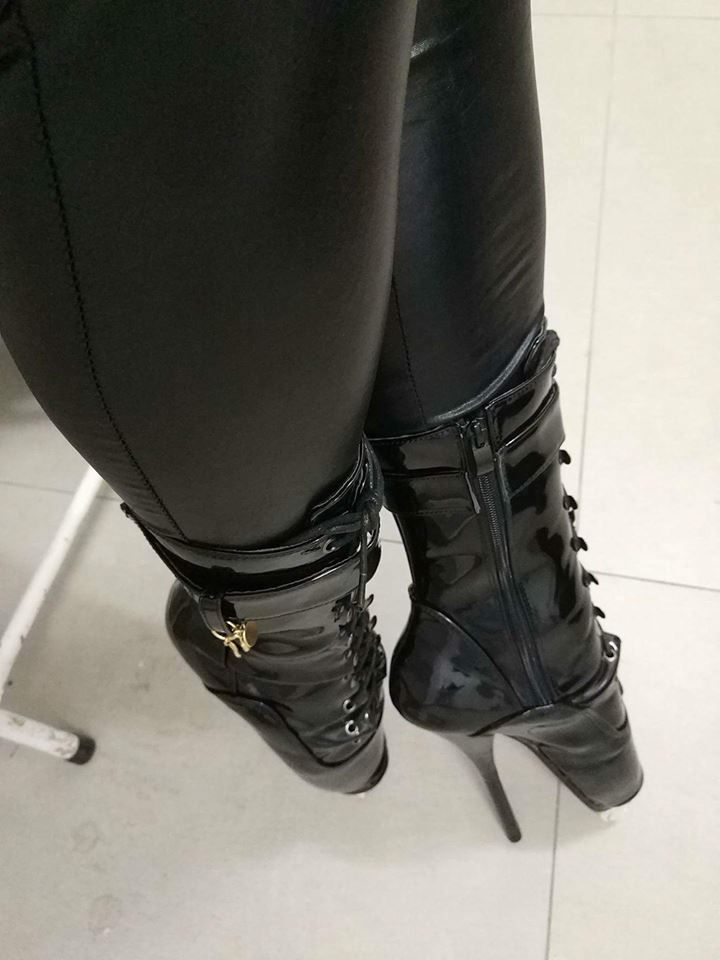 Pin By Pointeman 1 On Ballet Heels In 2019 Shoe Boots