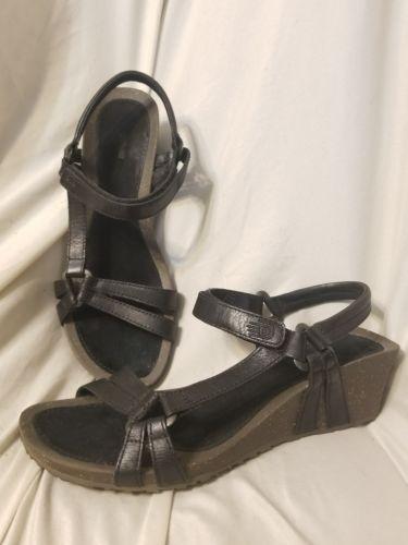 0be28408ba974 Teva Ventura Cork 2 sandals sz 8.5 M black leather wedge heel mid height t-strap  SOLD