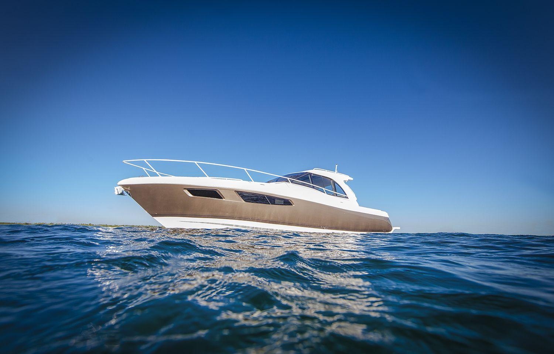 The Intrepid 410 Evolution..... Power boats, Boat, Evolution