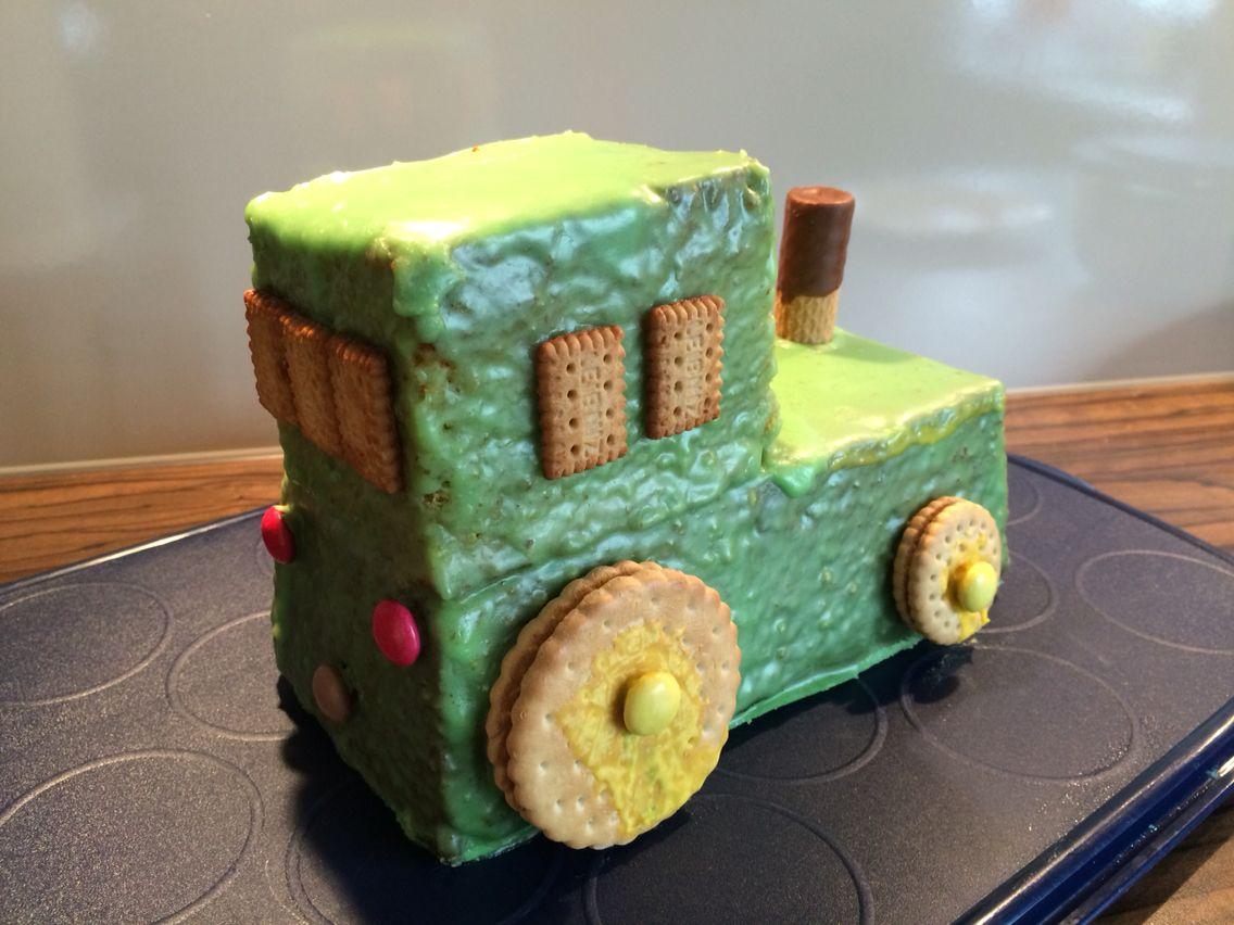 Traktor Kuchen Von Hinten 2 Geburtstag Kindergeburtstag Pinterest