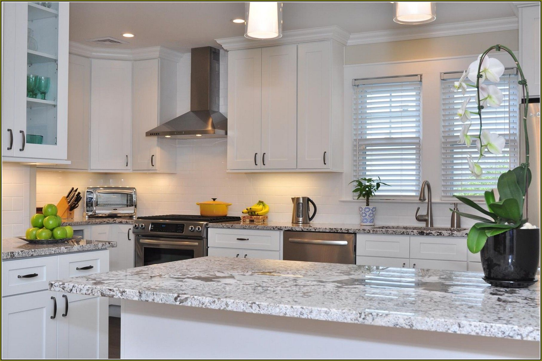 Your Home Improvements Refference White Shaker Cabinets Kitchen Entrancing Interior Design Kitchen Ideas Review