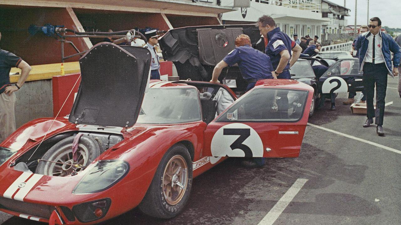 Dan Gurney Shelby American Gt40 Mkii Lemans 1966 レースカー ステルス ラリーカー