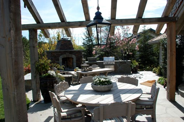 easy outdoor diy kitchens | Outdoor Kitchen Designs That ... on Simple Outdoor Living id=40221
