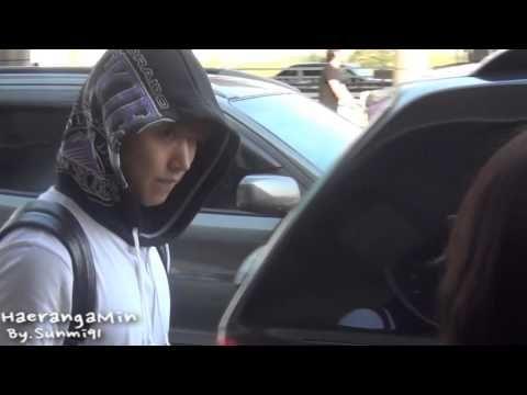 [Fancam] 130629 Gimpo Airport Sungmin - 선물 고마워요~