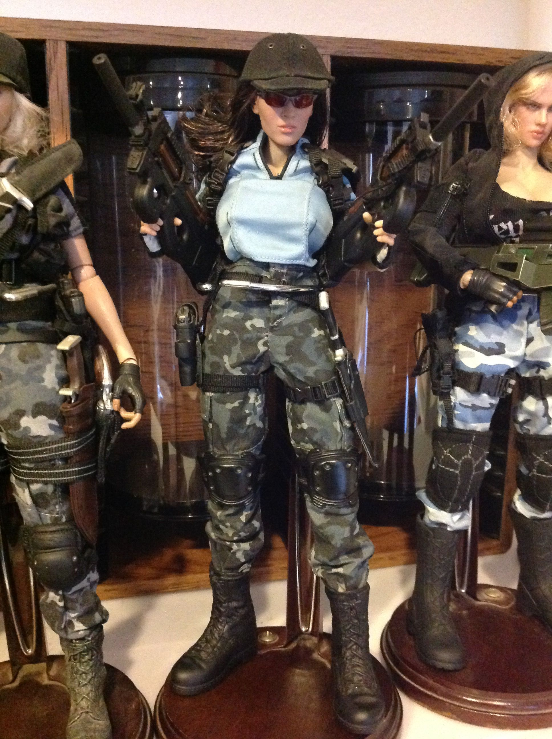 Jill Valentine (Resident Evil) Custom Action Figure - Custom Action