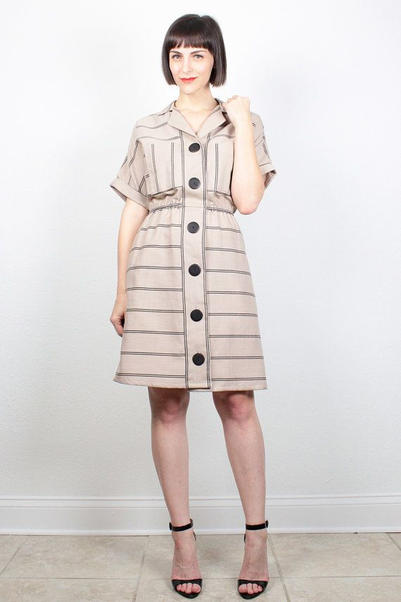 The buttons on this dress make the outfit.