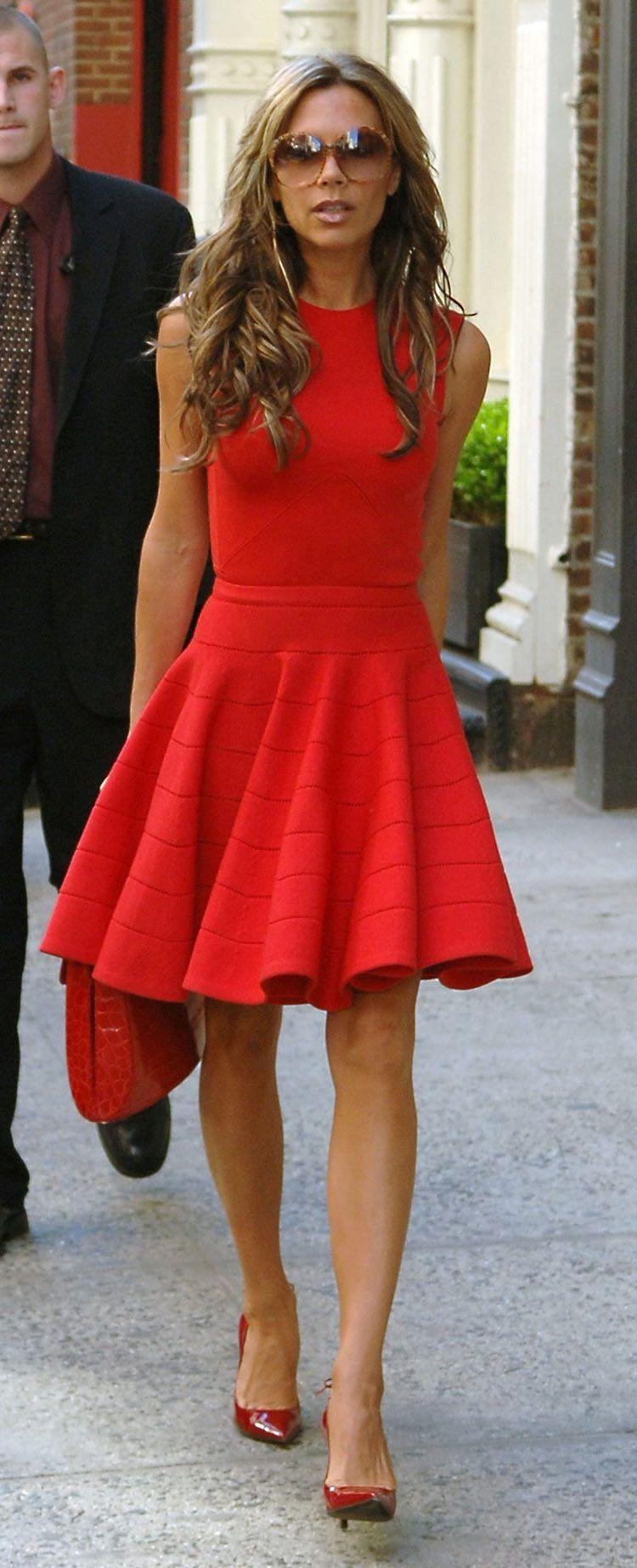 Pin By Latonia Washington On Moda T Red Dress Street Style Style Street Style Dress [ 1845 x 750 Pixel ]