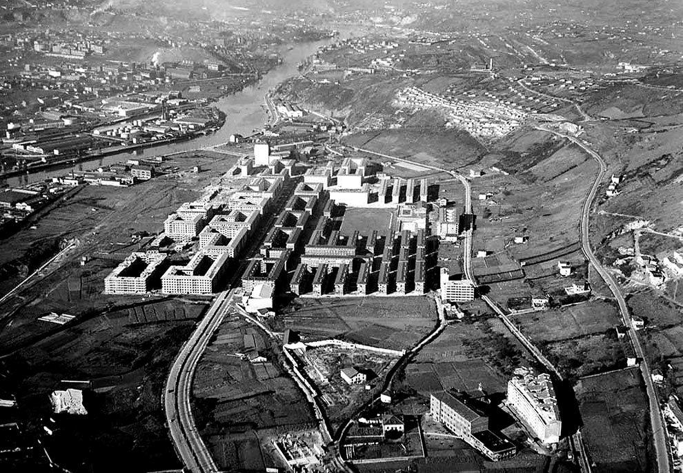 Barrio de san ignacio en 1959 arquitectura franquista en for Arquitectura franquista