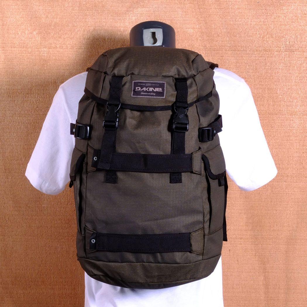Dakine Burnside 24L Backpack - Pyrite | Mountains/Backpacking ...