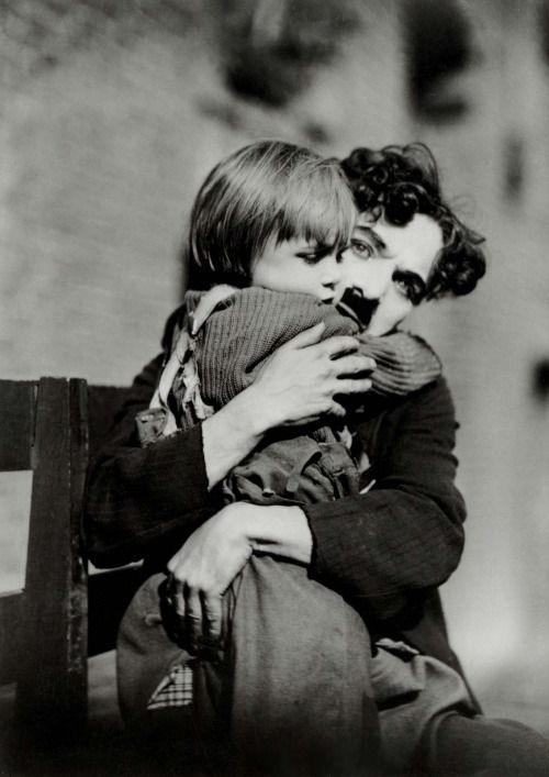 nickdrake:  The Kid. Factoid for you the kid is actually Jackie Coogan who is better known as Uncle Fester in The Addams Family,