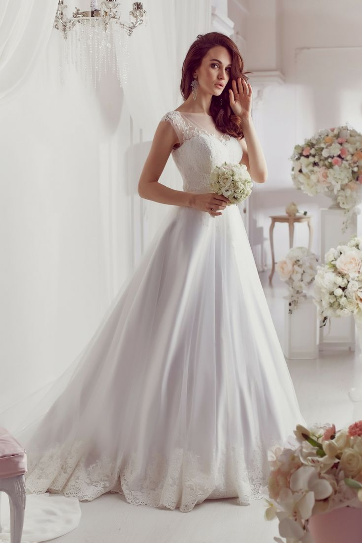 The perfect wedding gown catalogue looking for the modern bridal