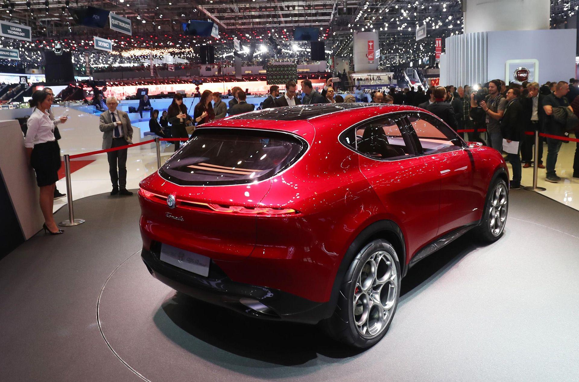 Stunning Alfa Romeo Tonale To Enter Production In 2021 Subcompact Suv Crossover Suv Alfa Romeo