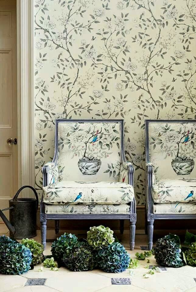Eye For Design: Matching Upholstery and Wallpaper......Lovely Interiors When Done Correctly