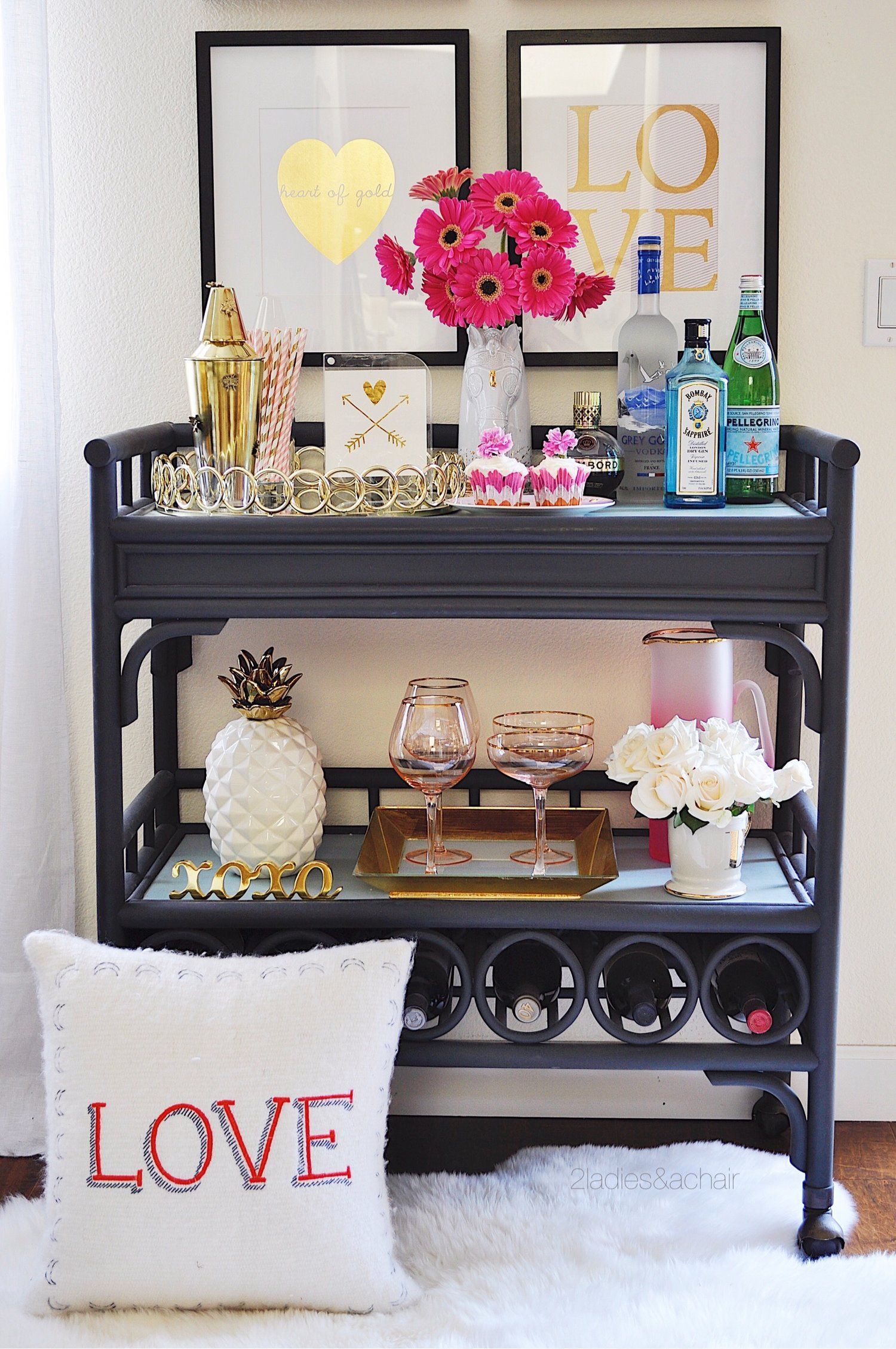 Entertaining decor ideas for valentines day home bar