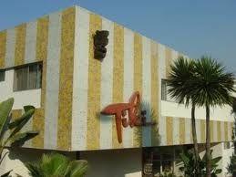 Tiki Apt Building Redondo Beach