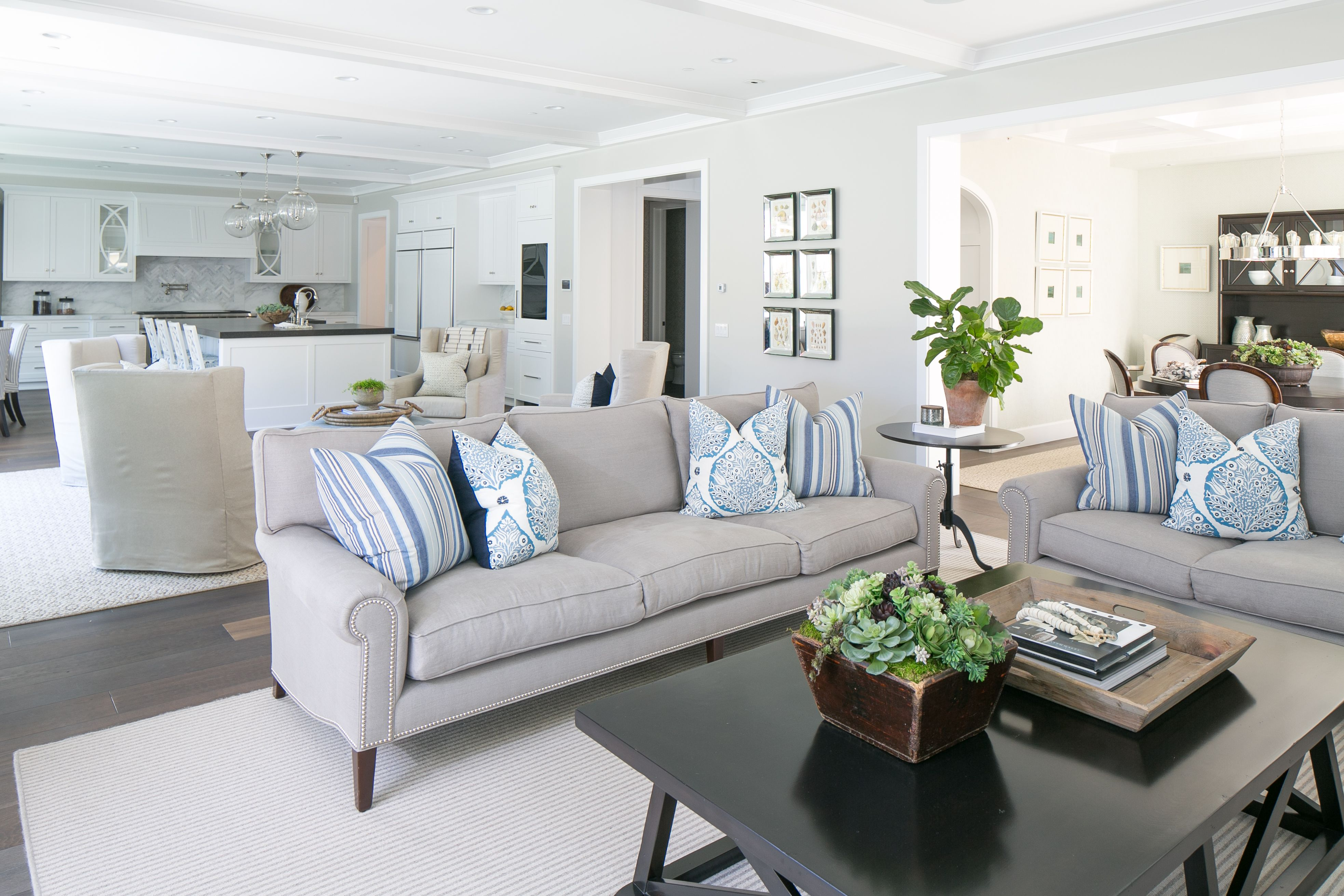 Great Room Transitional Home Coastal Home Decor With Images