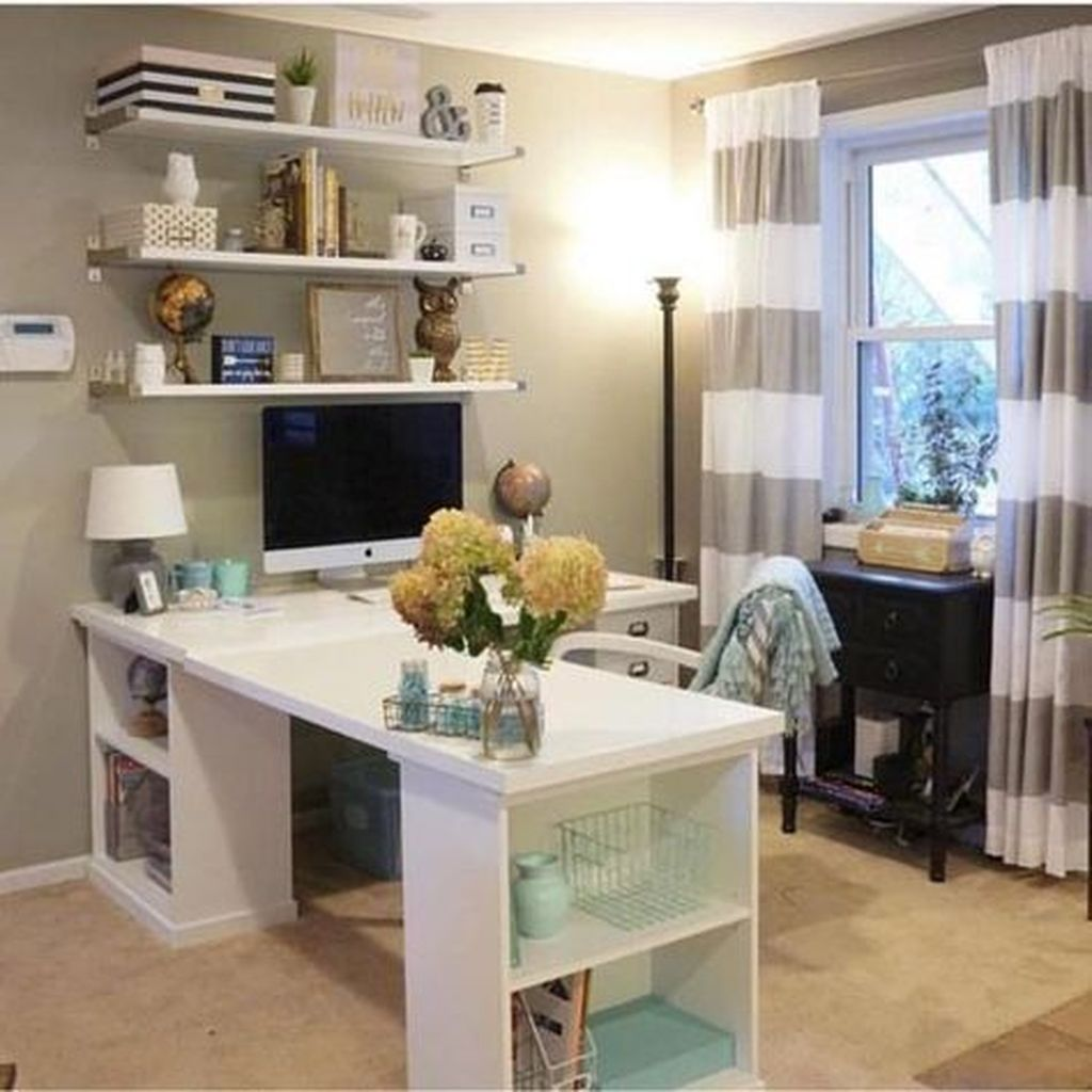 30 Outstanding Home Office Decor For Creative People In 2020 Home Office Layouts Home Office Design Home Office Decor
