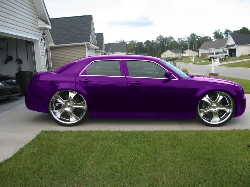 pimped out chrysler 300 want it where can i get it a little paint and some bags and i 39 m. Black Bedroom Furniture Sets. Home Design Ideas