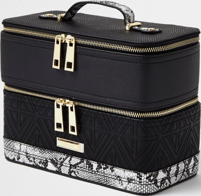 Hugedomains Com Shop For Over 300 000 Premium Domains Stylish Bag Snake Print Black Quilt