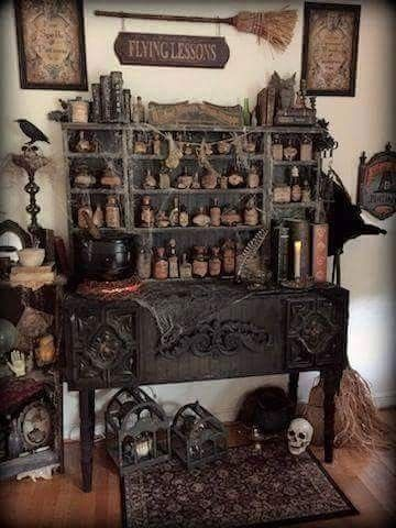 Flying lessons sign Cute! Gothic house Pinterest Flying - halloween house decorating ideas