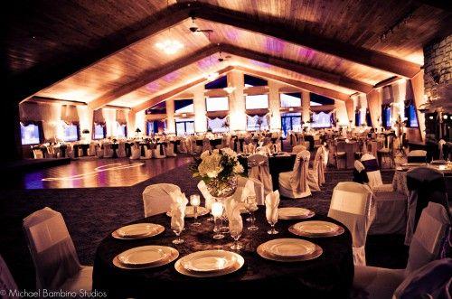 Outdoor Wedding Ceremony Reception Hamilton OH Lake Lyndsay Lodge