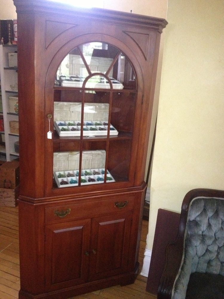 Willett Wildwood Cherry Corner Cabinet - Willett Wildwood Cherry Corner Cabinet Cherries, Antique