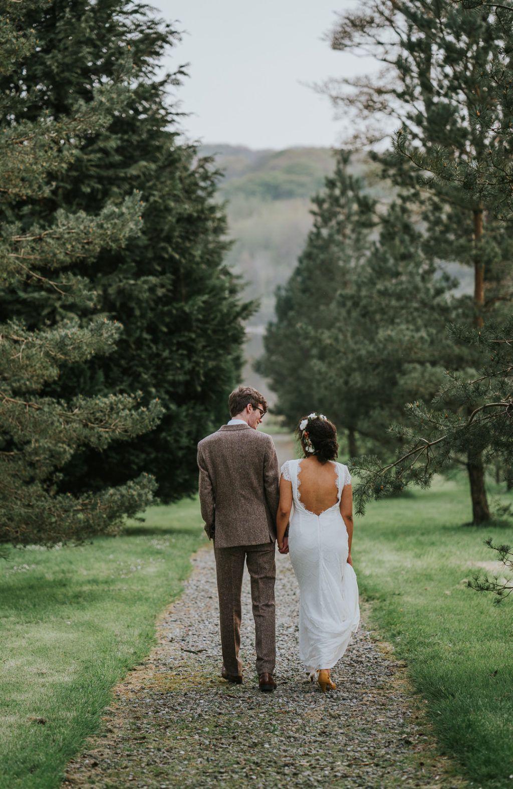 Relaxed Romance At Lissanoure Castle Kate Calvin Onefabday Com Ireland In 2020 Castle Wedding Wedding Thanks Boho Style Wedding Dress