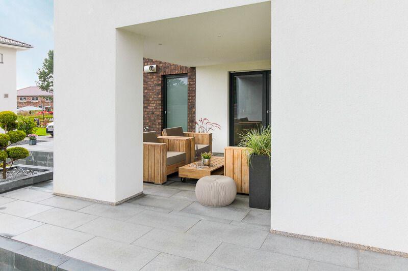 Terrasse Mit Terrassenplatten Loggia Architektur Detail Eco