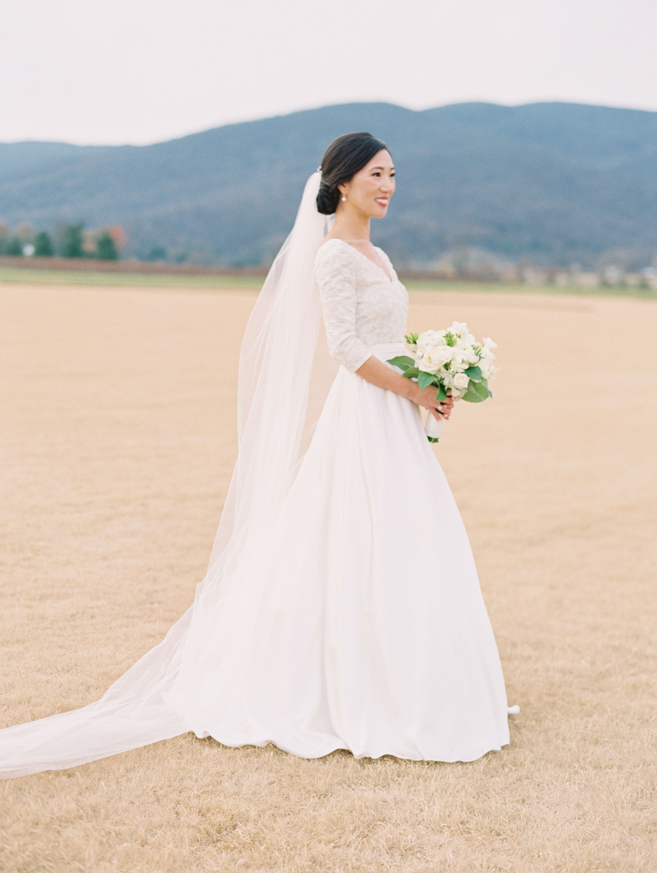 A Cozy Winter Wedding in the Blue Ridge Mountains (With