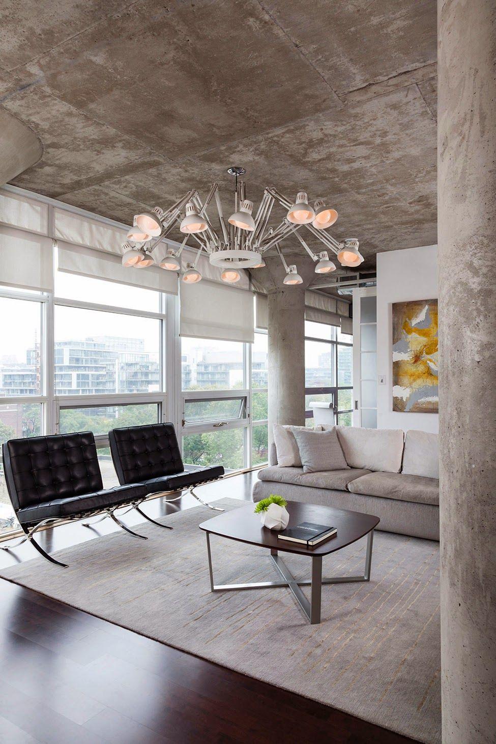 Planos low cost queremos la silla barcelona interior for Casa minimalista barcelona capital