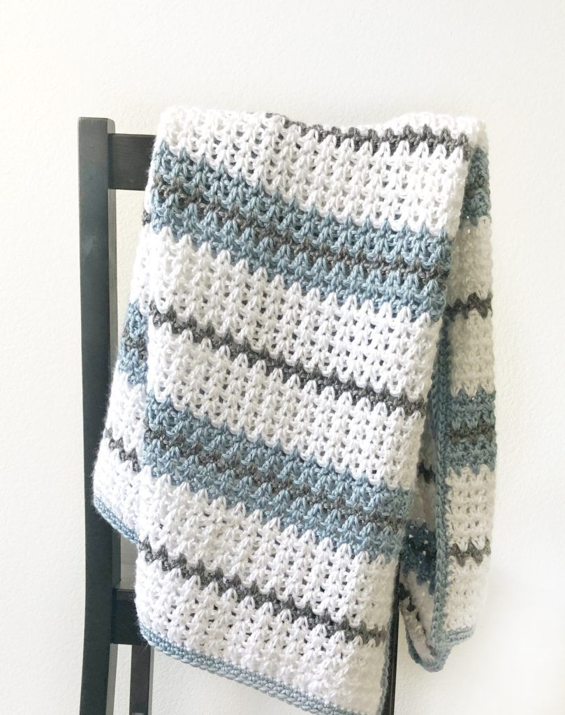 Modern Double Crochet V-Stitch Blanket | Daisy Farm Crafts | Crochet ...