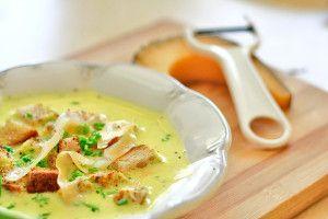 Zupa serowa   Przepisy kulinarne - Codogara.pl   Cheese soup http://www.codogara.pl/8904/zupa-serowa/