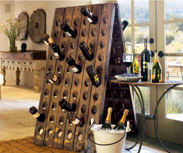 diy weinregale dreieck freistehend deko pinterest regal weinregale und wein. Black Bedroom Furniture Sets. Home Design Ideas