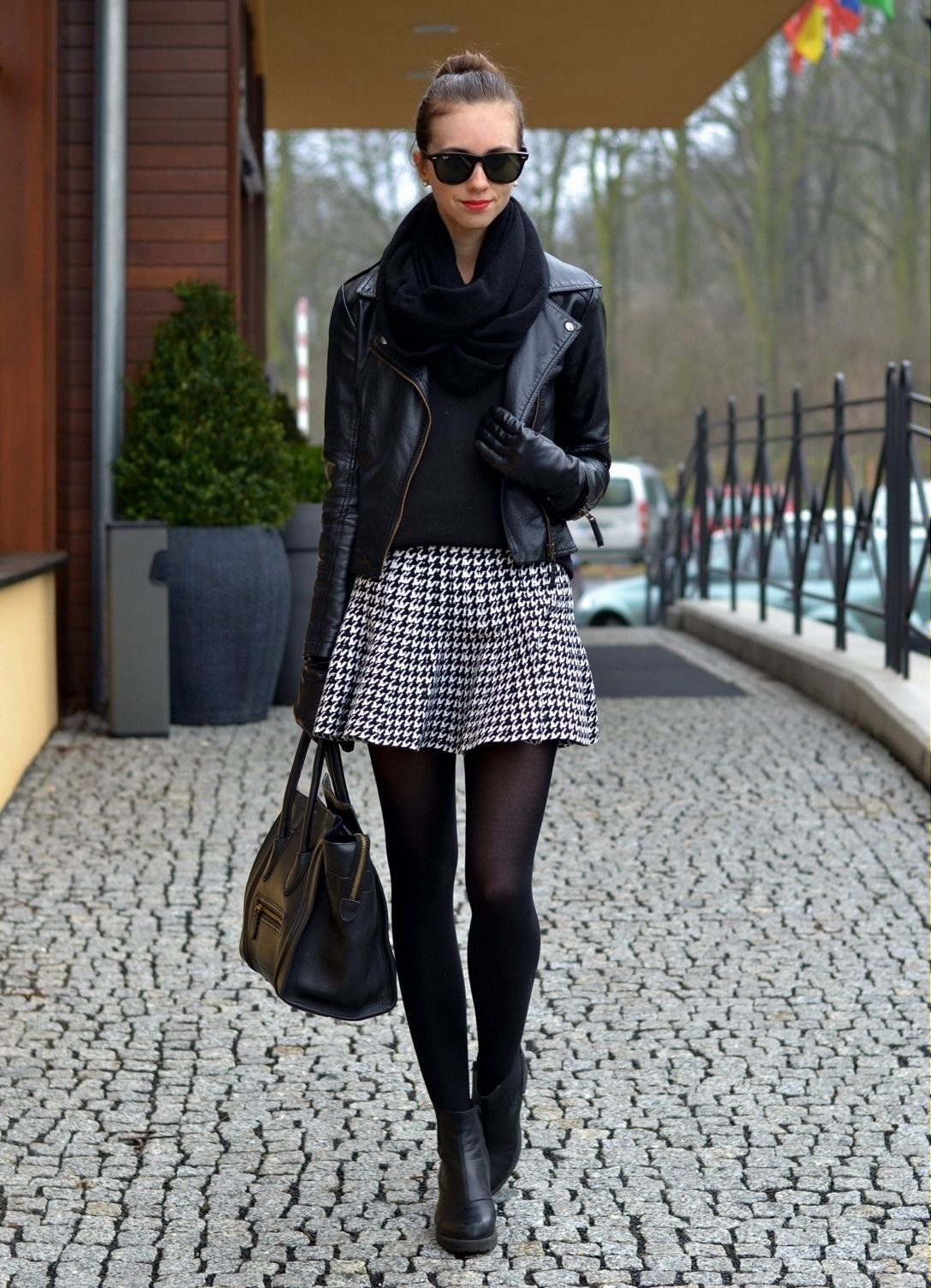 15 combinaciones de falda y chaqueta de cuero que amarás usar  59df7a491f8e