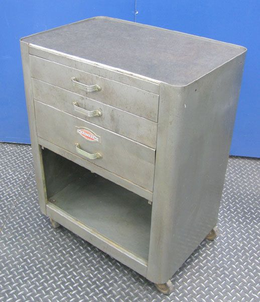 craftsman cabinet perhaps from the 50 s or 60 s vintage rh pinterest com