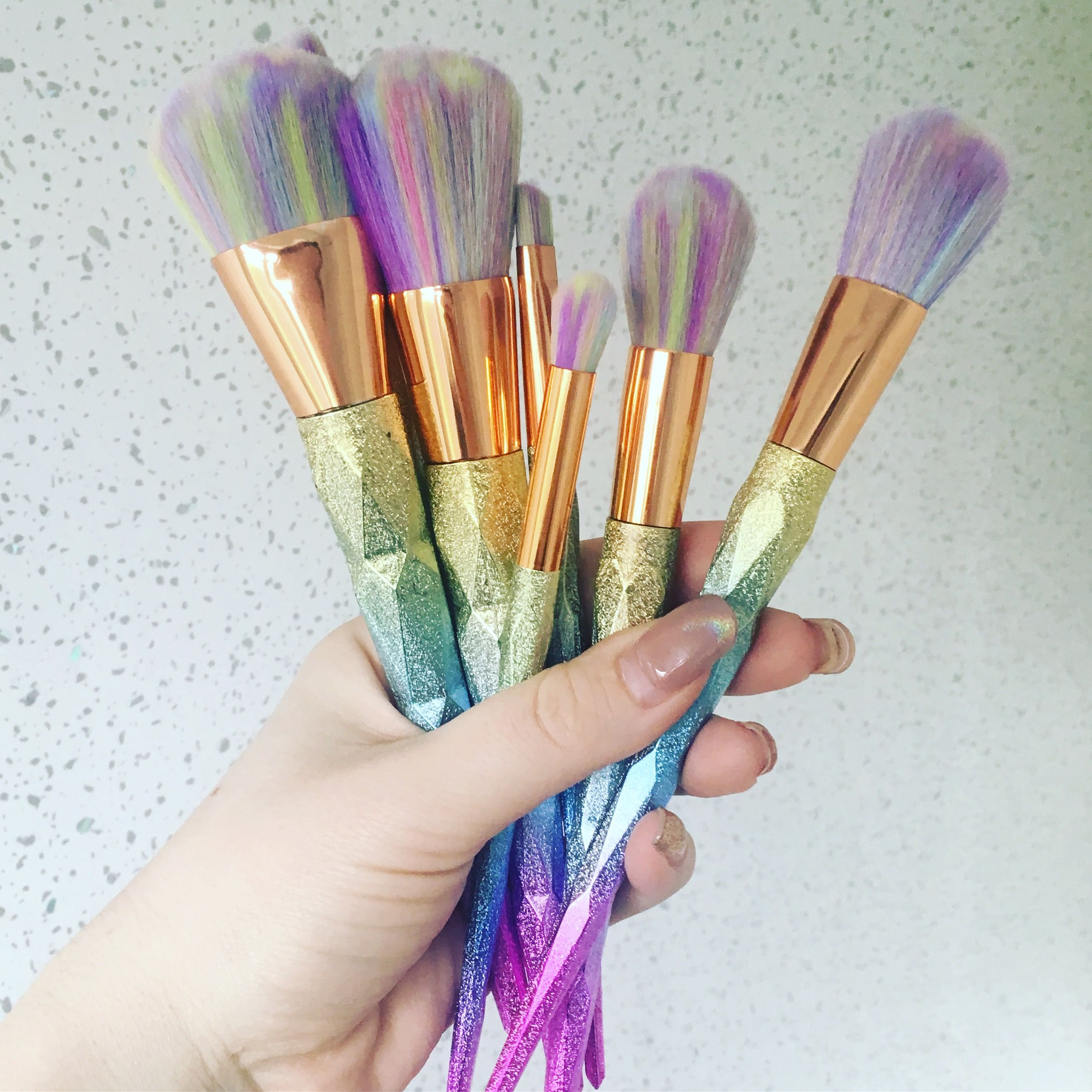 Pin by ภัทรษร พรมทอง on brushes Makeup brushes, Makeup