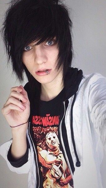 Hey, the names Johnnie. 19 and single. I like causing trouble, smoking and drinking. So deal with it. I get into a lot of fights and don't like a lot of people. Oh well. Horrible in relationships and I don't care about a lot of people but the people that I do care about I protect. Alex is my sister so you hurt her i will kill you literally kill you.Come say hi... I may and may not slam you're head in a wall...