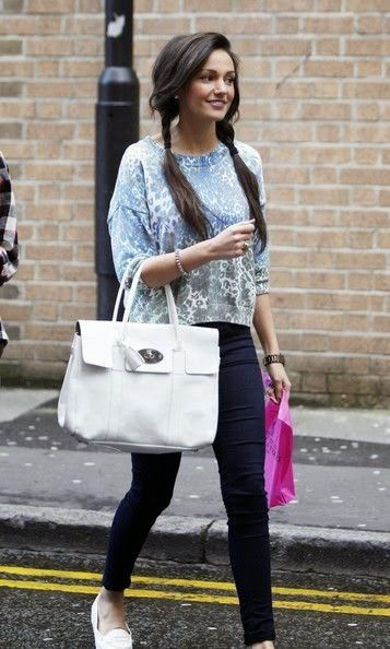 Journal Of Life: Michelle Keegan 禮服樣式、微笑及性感 With Pixie Lott Love Songs ( Most sexy female Michelle Keegan Style )