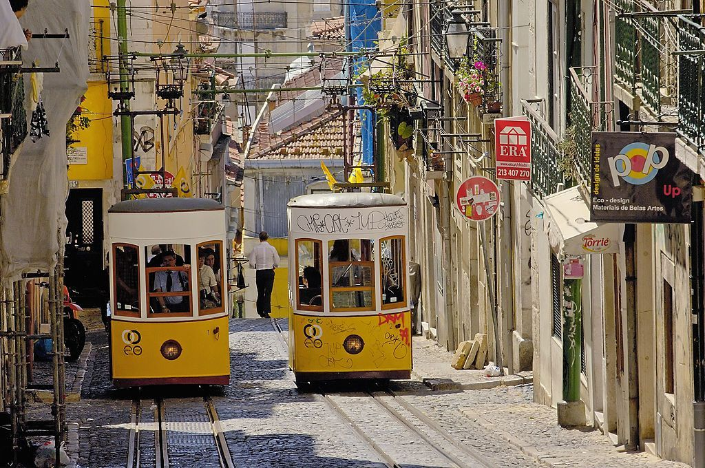 Madonna Just Moved To Lisbon And Here Are The 7 Reasons We Want To Move With Her Lisbon Coastal Cities Street