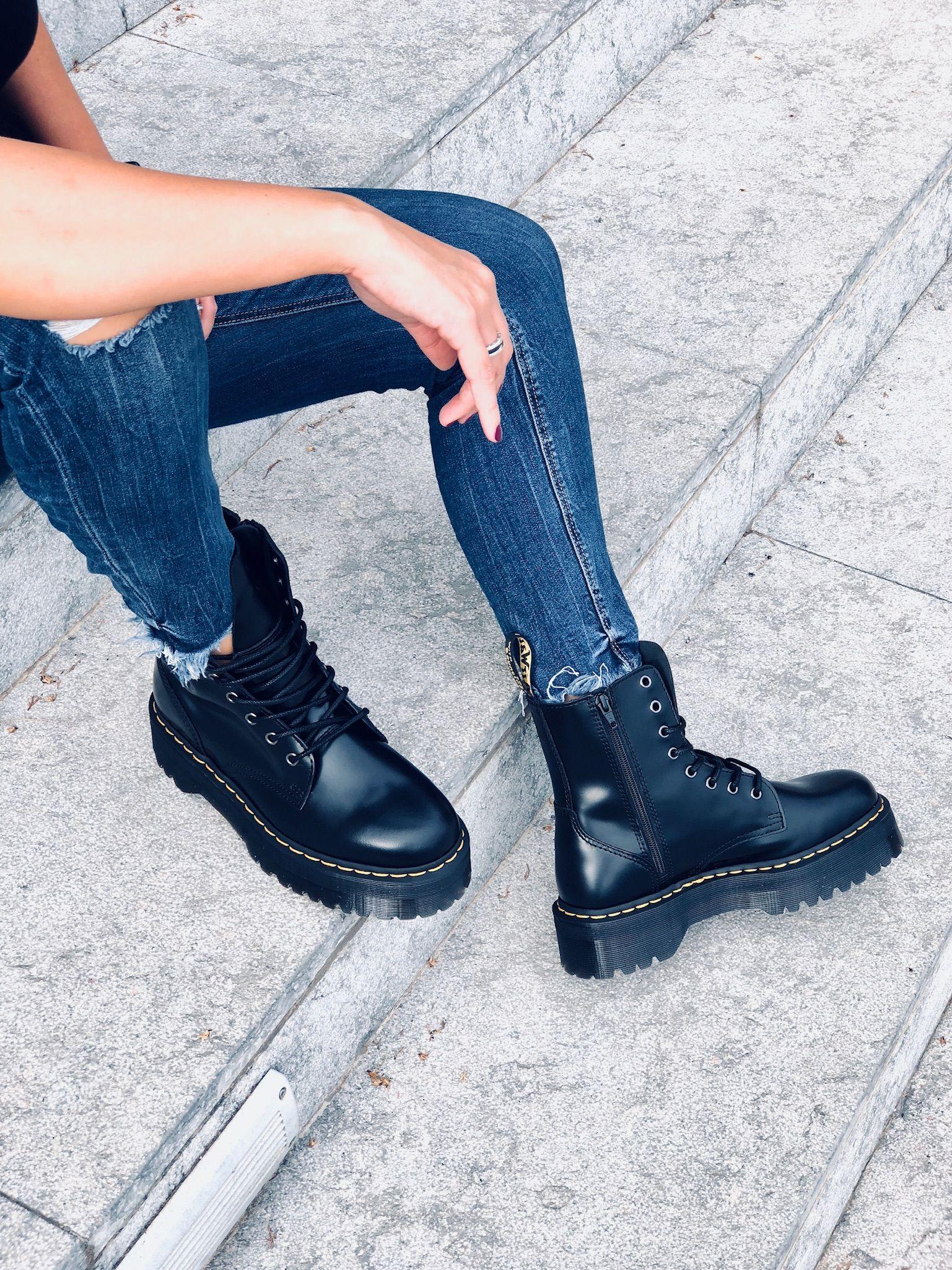 26912c4c219  Botas plataforma Dr.Martens modelo Jadon ¡Las más buscadas! 😍  boots