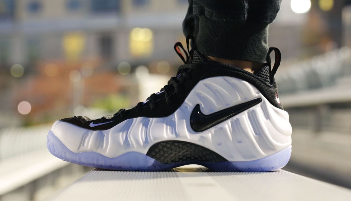 free shipping dc45f 9a8ae NIKE AIR FOAMPOSITE PRO PEARL BUBBLE WHITE 624041 100   270